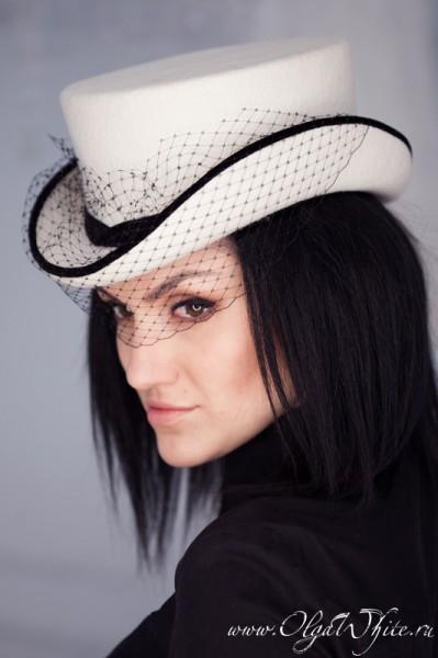 Белый свадебный укороченный женский цилиндр с вуалью-шляпка-амазонка. Купить в интернет-магазине шляп
