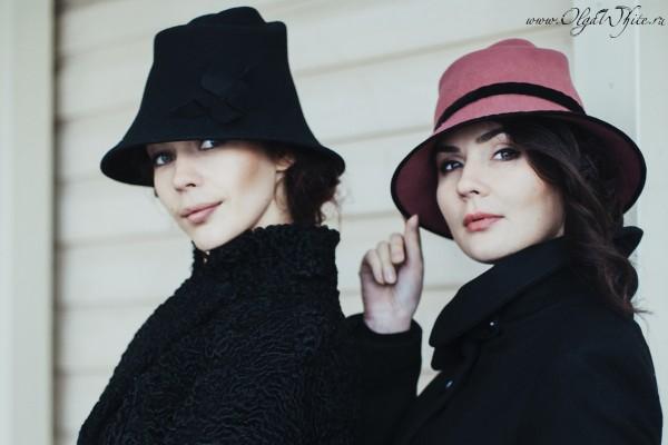 Черная и пепельно-розовая фетровые шляпы с опущенными полями-купить