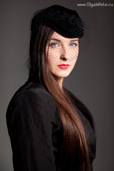 Черная женская шляпка-пилотка с вуалью. Фетровая, обтянута бархатом.Купить в интернет-магазине