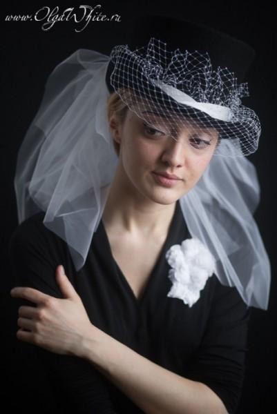 Черный фетровый цилиндр на свадьбу. Шляпа-цилиндр с белой фатой и вуалью. Заказать в интернет-магазине шляп.