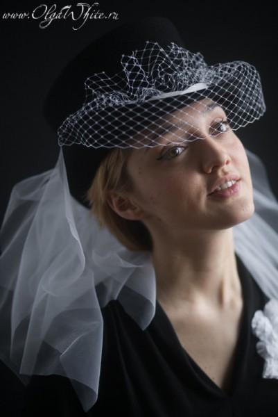 Черный свадебный цилиндр с белой фатой и вуалью. Купить в интернет-магазине шляп