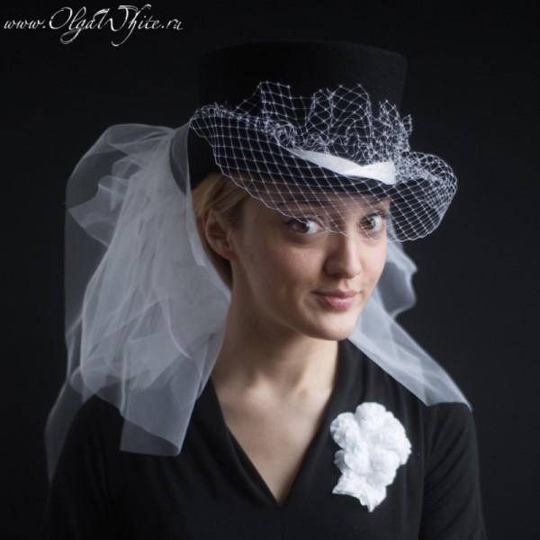 Свадебный цилиндр с белой фатой и белой вуалью и цветами. Купить в интернет-магазине шляп невесте