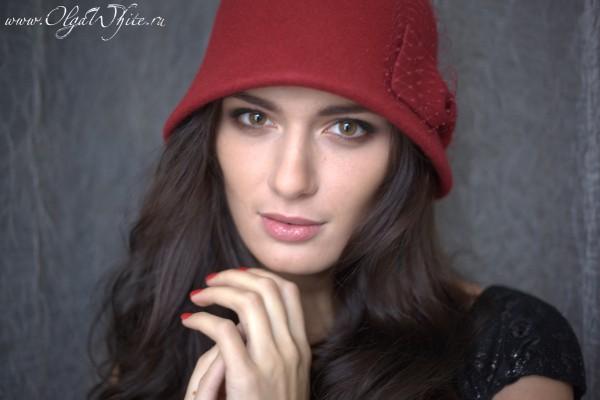 Красная фетровая шляпка-клош с бантом. Купить можно в интернет-магазине шляп в спб