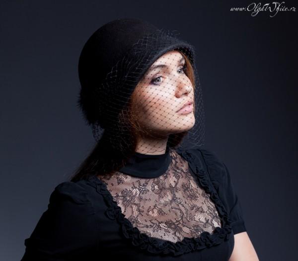 Фетровая шляпка клош. Черная маленькая фетровая шляпка с опущенными полями. Купить в интернет-магазине шляп в СПб