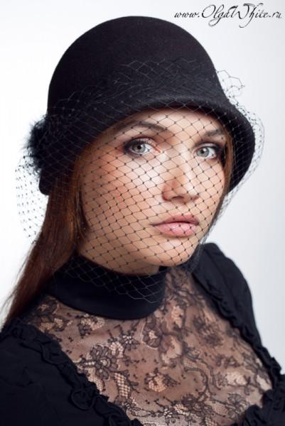 Фетровая шляпка-клош с вуалью. Маленькая черная шляпка с опущенными полями. Купить в интернет-магазине шляп с Спб