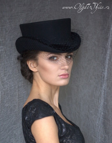Шляпка для верховой езды в английском стиле. Шляпка-амазонка-укороченный цилиндр с вуалью. Заказать в интернет-магазин шляп