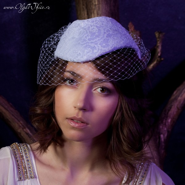 Белая свадебная шляпка пилотка кружевная купить